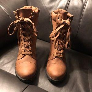 Worn once. Xoxo Boots sz 7